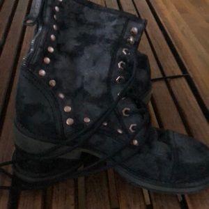 ROXY studded combat boots